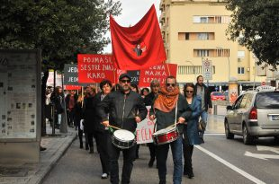 osmi mart protest
