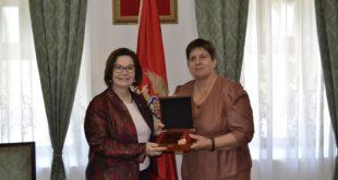 Ambasadorka SAD u Crnoj Gori Džudi Rajzing Rajnke posjetila Lokalnu upravu